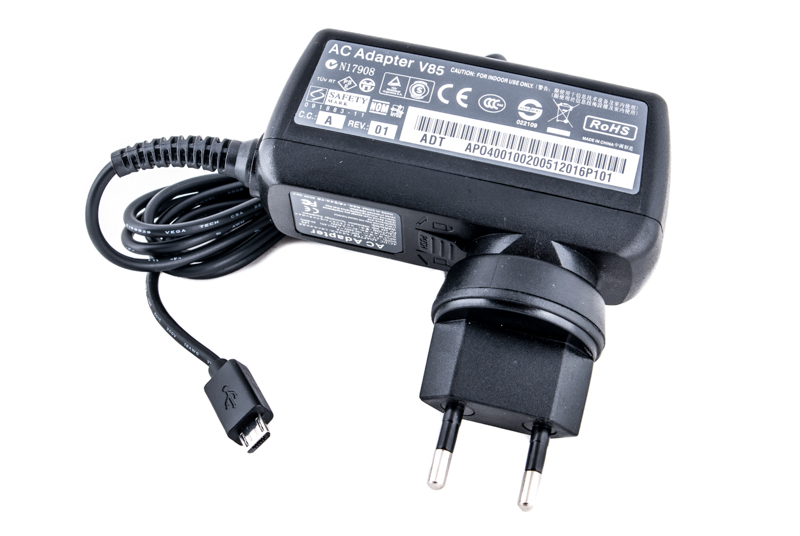 Купить Блок питания для планшетов (зарядное устройство) PowerPlant SONY 220V, 5V 10W 2A (Micro USB)